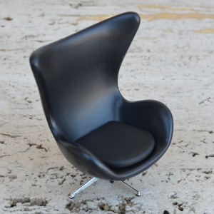 JACOBSEN EGG CHAIR MINIATURE