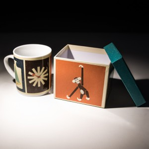 THE MODERN HOME COLLECTABLES MUG